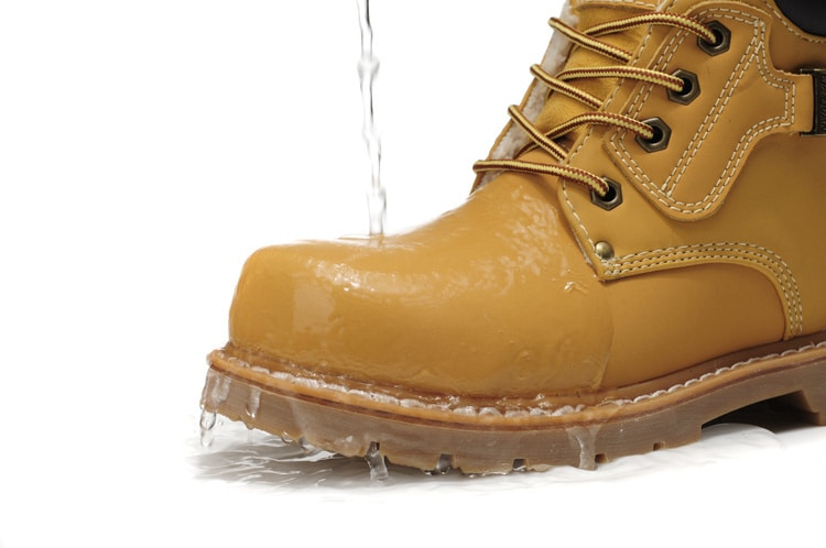 Top 10 Best Waterproof Work Shoes For Men In 2019