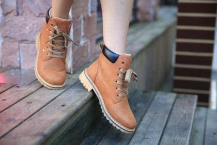 Top 15 Best Lightweight Work Boots for Women in 2020