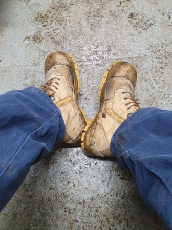 How to Dry Wet Work Boots