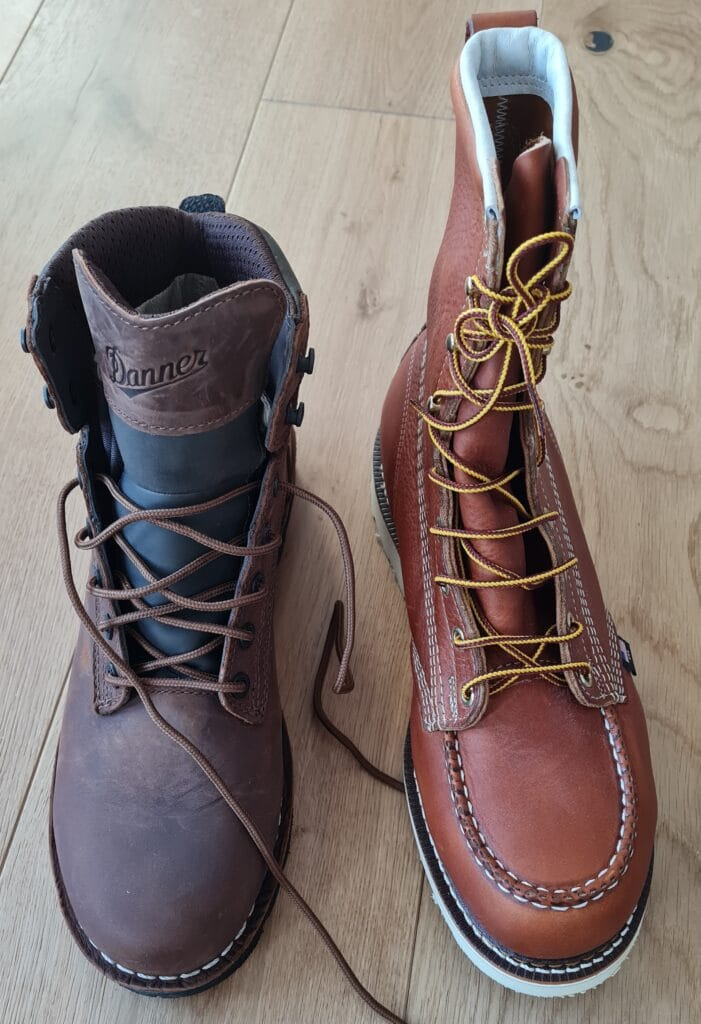 There are diverse types of toe styles besides the steel toes. Let us draw up a comparison between the moc toe and plain toe work boots.