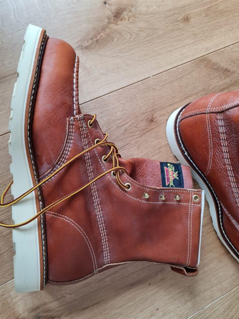 moc toe boots v1