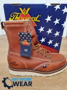 We worn and thoroughly tested one of the most popular and iconic moc toe boots in America and beyond – the Thorogood Heritage! The results are summarized below.