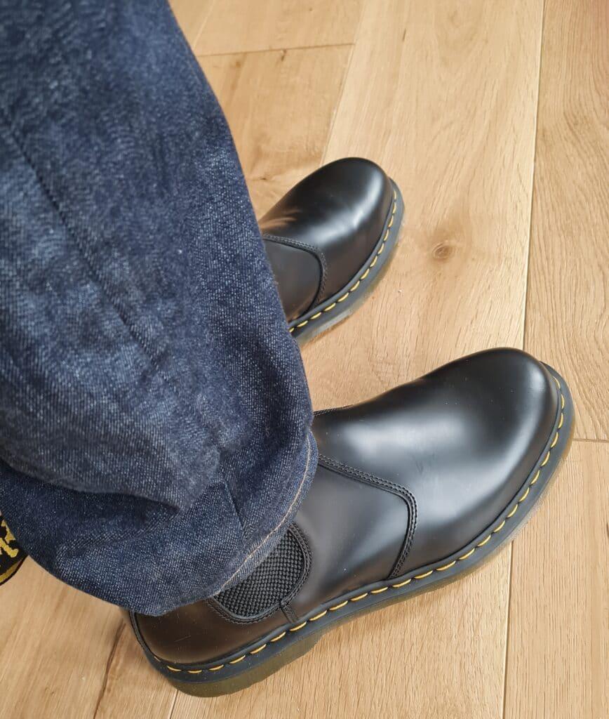 Dr. Martens Unisex 2976 Slip-Resistant Service Boot v27
