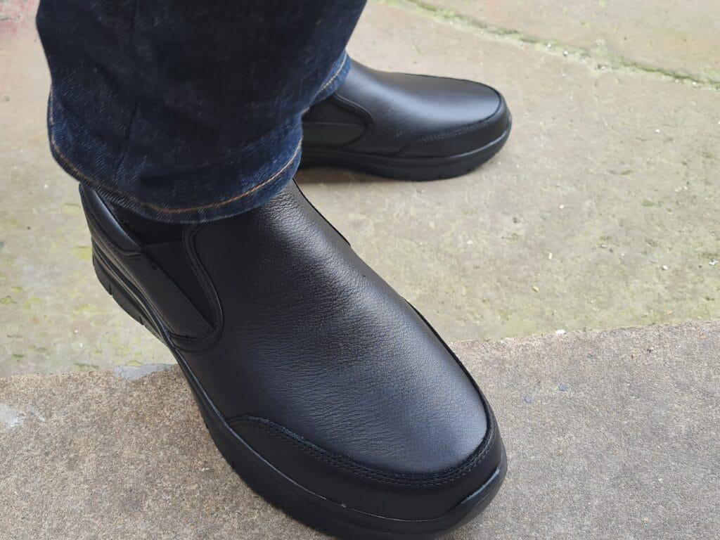 Skechers Bronwood Shoes v5