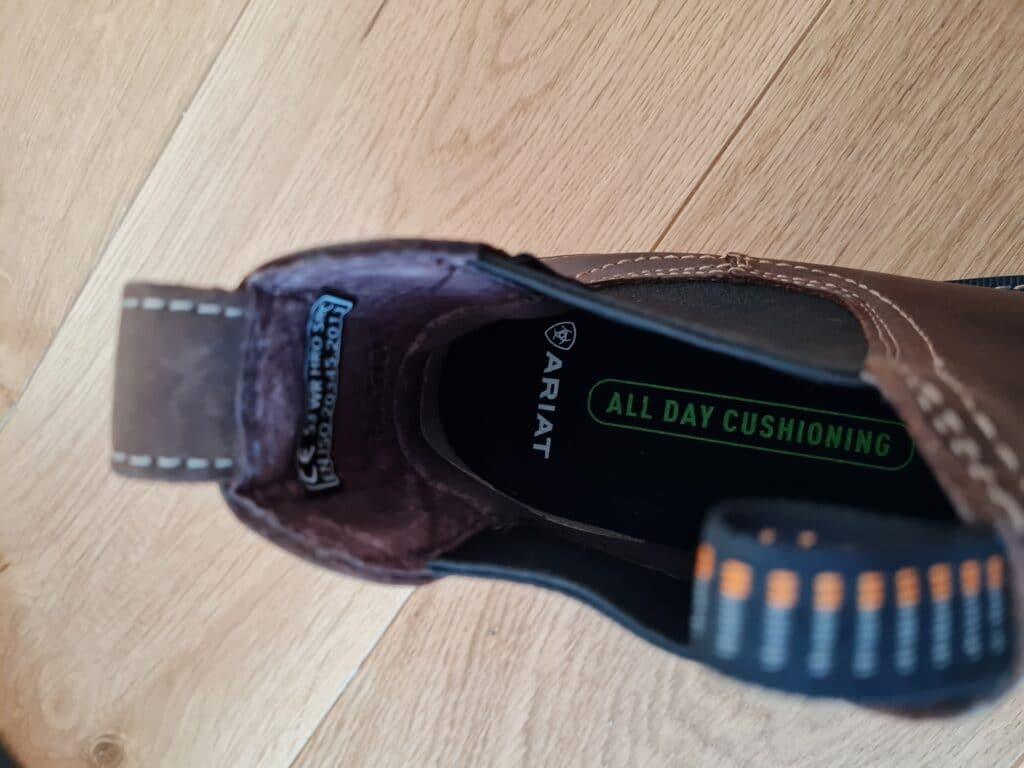 ariat groundbreaker chelsea boots v11